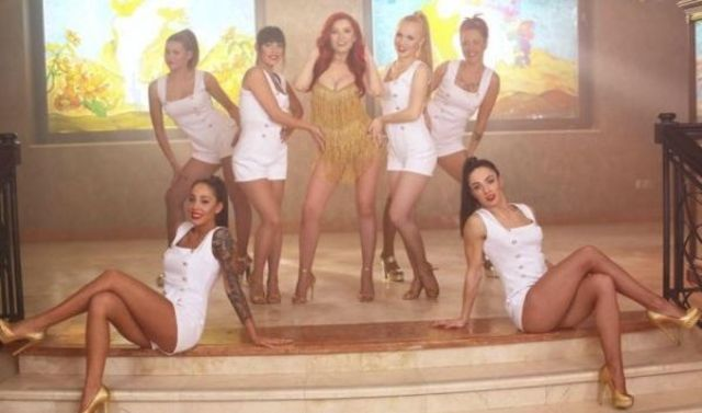 Elena Gheorghe a lansat single-ul si videoclipul 'Body Song'