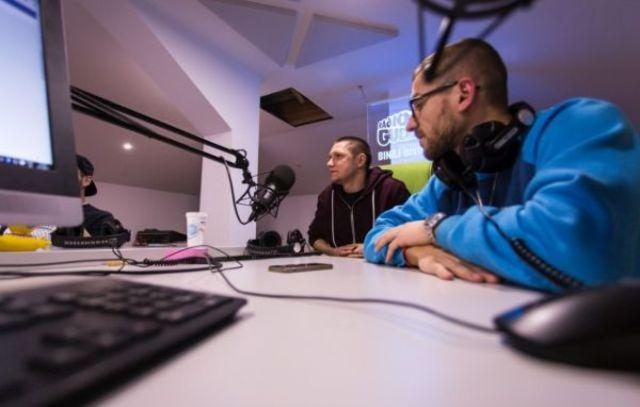 Omu Gnom & DJ Undoo lanseaza 'Hrana' pe 22 Martie la Expirat