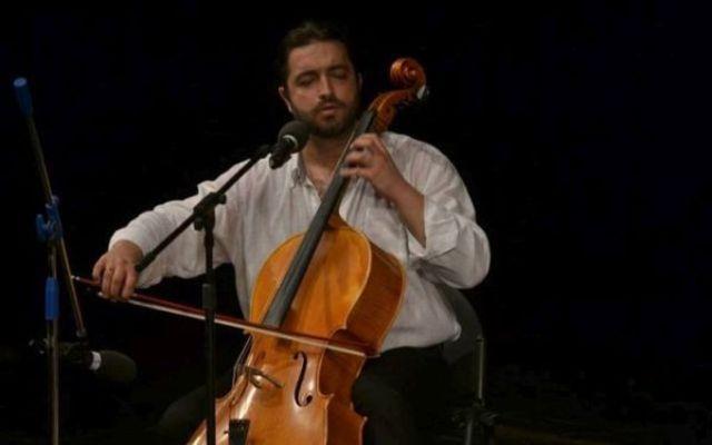 'AntiTristul', Adrian Naidin prezinta noul sau concert, la Teatrul National Bucuresti