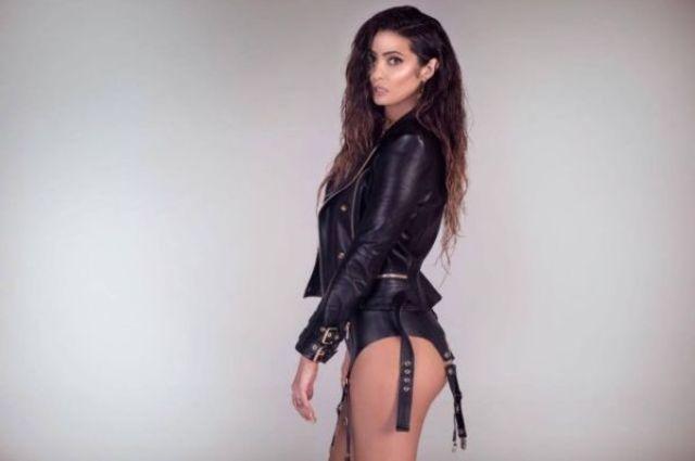 Claudia Pavel lanseaza 'Touch Me' alaturi de Mihai Ogasanu