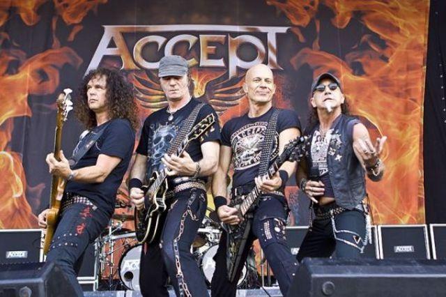 Accept a lansat un clip live pentru piesa 'Die By The Sword'