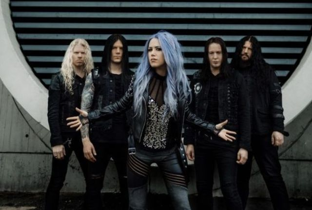 "Arch Enemy au lansat clipul piesei ""The Eagle Flies Alone"""