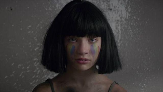 "Sia a lansat clipul piesei ""Rainbow"" (video)"