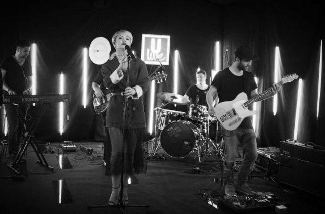 "ULive Session continua cu Giulia si o varianta live a celui mai recent single – ""Ne vedem noi"""