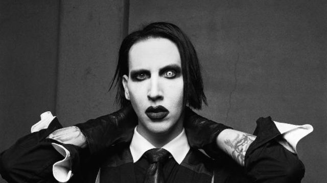 "Marilyn Manson a lansat clipul piesei ""SAY10"""
