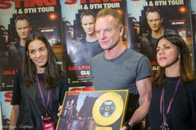"Universal Music Romania i-a acordat discul de aur lui Sting pentru vanzarile albumului ""57th & 9th"" in Romania"