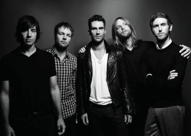 "Maroon 5 au lansat o noua piesa - ""Wait"""