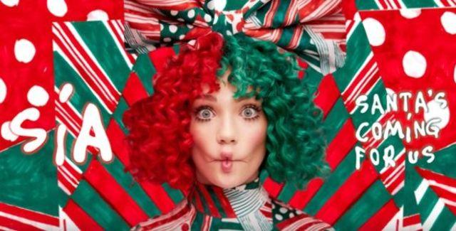 "Sia aduce mai aproape Craciunul cu piesa ""Santa`s Coming For Us"""