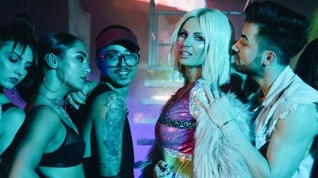 """Andreea Banica a filmat un nou videoclip: """"Ce vrei de la mine"""""""