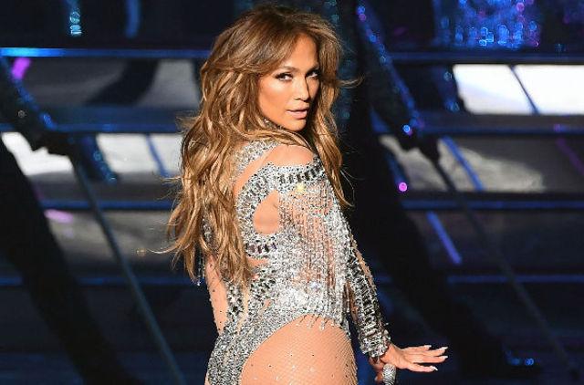 "Jennifer Lopez a lansat piesa ""Us"" in colaborare cu Skrillex"