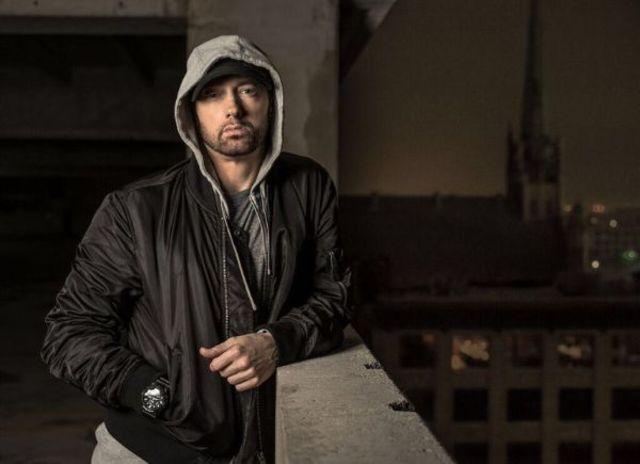 Eminem atinge numere impresionante cu noul album - Kamikaze
