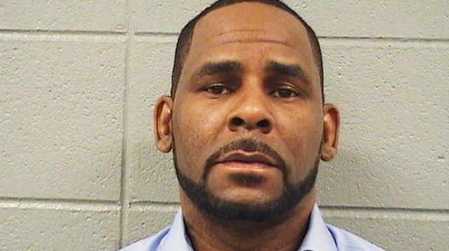 R.Kelly acuzat de mai multe agresiuni
