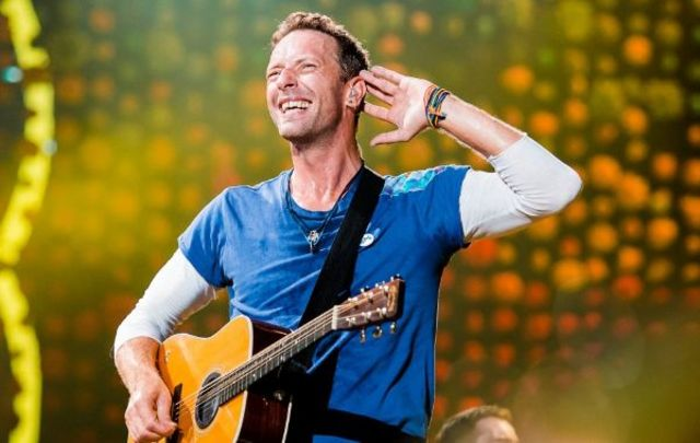 "Vezi prima parte a albumului ""Everyday Life"" de la Coldplay, live in Iordan - Sunrise"