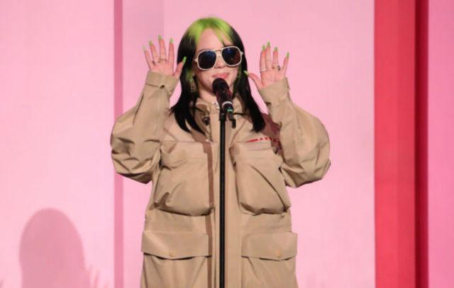 Billie Eilish anunta un nou show alaturi de tatal ei