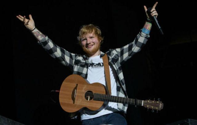 Ed Sheeran a predat unor elevi de scoala primara