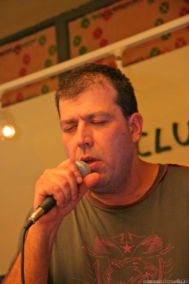 timpuri noi in concert la clubul taranului roman 14 februarie 2008