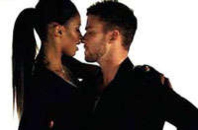 Justin Timberlake si Ciara, interzisi in Turcia