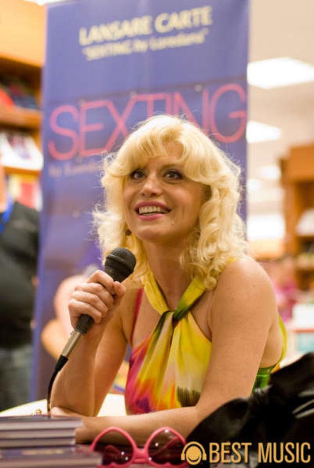Lansare Loredana Sexting