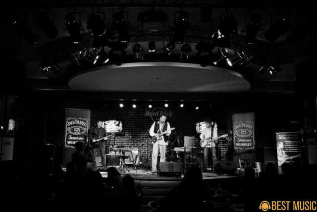 Album foto Concert AG Weinberger la Hard Rock Cafe