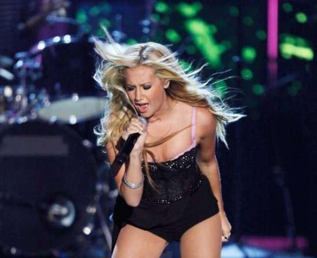 Ashley Tisdale, Los Premios MTV 2009