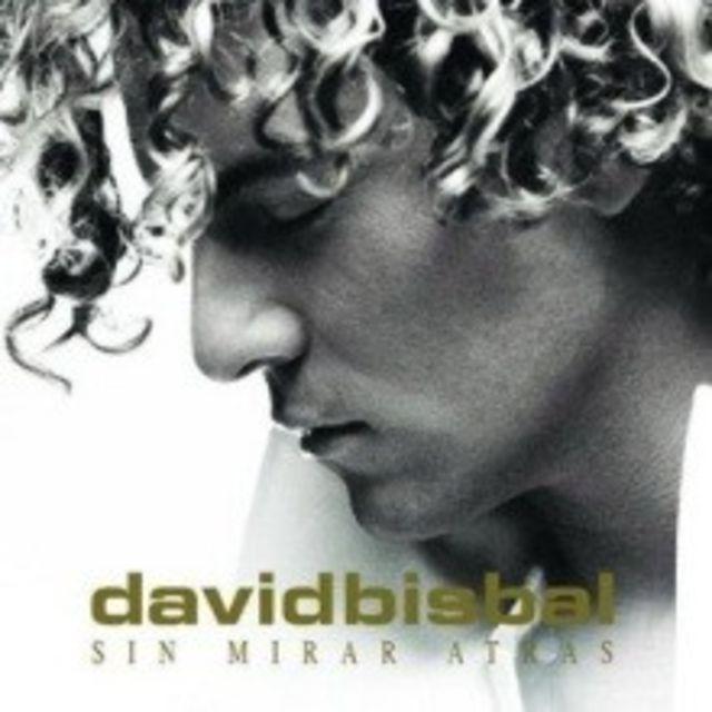 David Bisbal a primit dublu Disc de Platina pentru `Sin Miras Atras`