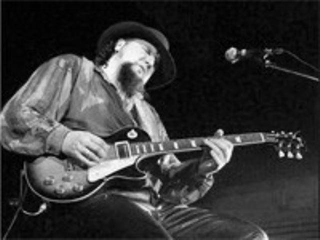 AG Weinberger incheie seria concertelor Blue Monday la Hard Rock Cafe
