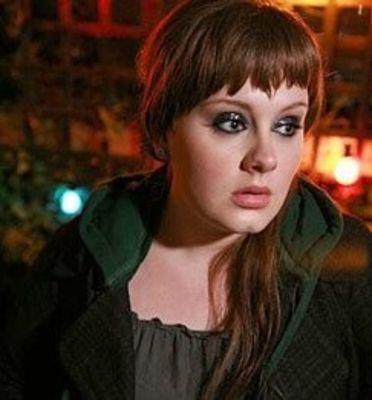 Adele poze Facebook