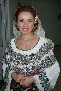 Lavinia Birsoghe