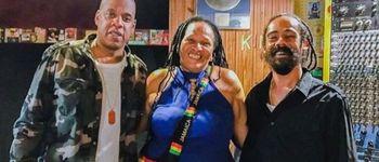 Jay-Z a lansat videoclipul piesei 'Bam' feat. Damian Marley