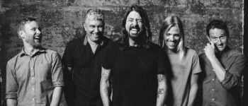 "Foo Fighters au lansat clipul piesei ""The Sky Is a Neighborhood"" (video)"