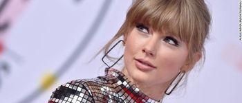 Taylor Swift a donat unei fane 3000 de dolari